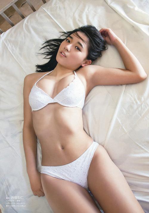 スパガ浅川梨奈の童顔巨乳おっぱい16