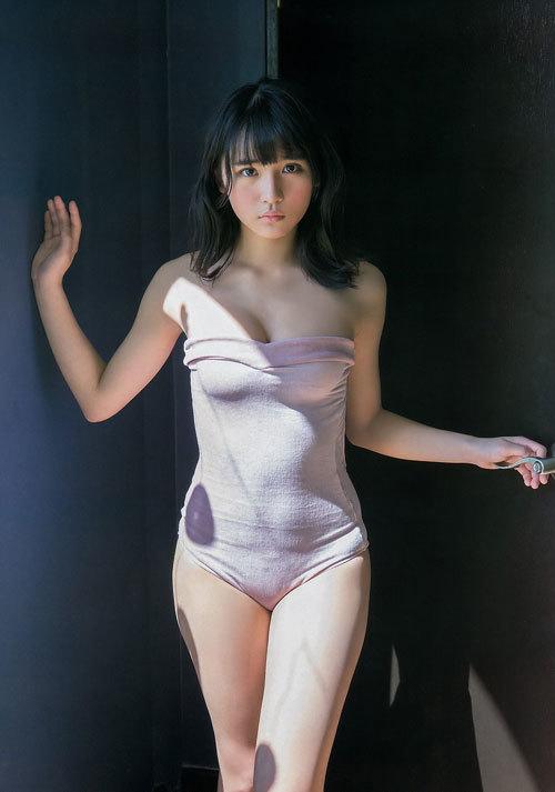 スパガ浅川梨奈の童顔巨乳おっぱい25