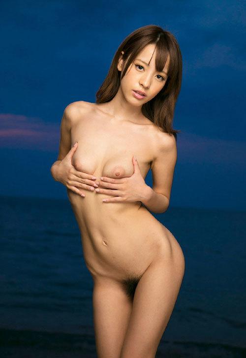 桃乃木かなFカップ美巨乳おっぱい86
