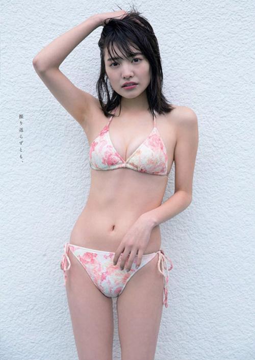 松永有紗(18) 「現役女子高生モデル」卒業記念グラビア。