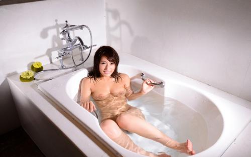 湯船につかっておっぱいを揉みながら癒やされたい10