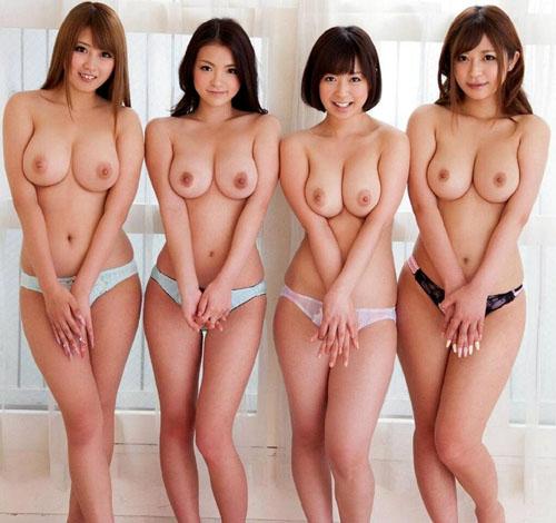 女の子がみんなでおっぱい丸出しのまさに楽園1
