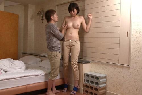 【おっぱい】背の高い女の人は好きですか?180センチを超えるスタイル抜群の長身AV女優さんのおっぱい画像がエロすぎる!【30枚】