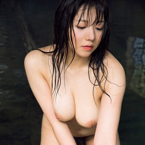 元電通OL藤崎里菜がHカップフルヌード1