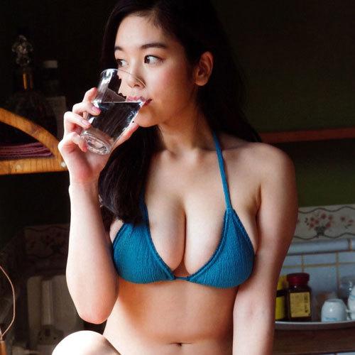 筧美和子 垂れ乳を悩んでいたらしいがむしろ最高にソソるが多数の意見