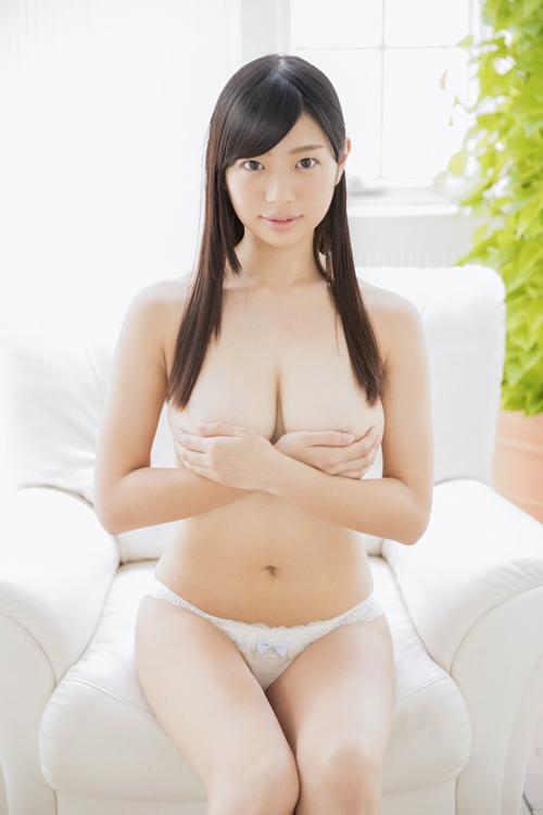 桐谷まつりのHカップ美巨乳おっぱい 48