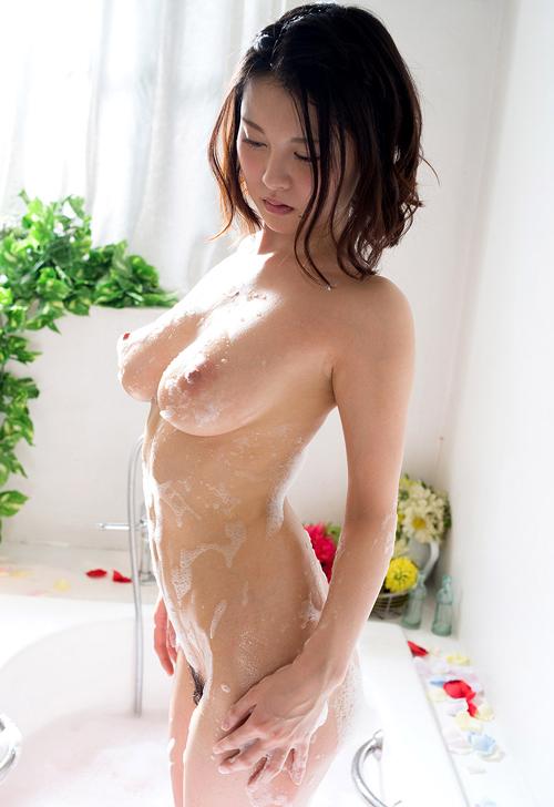 石鹸の泡まみれでヌルヌルのおっぱいを揉みたい21