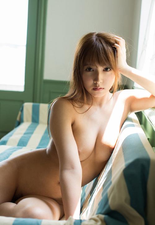 三上悠亜のFカップ美巨乳おっぱい 25