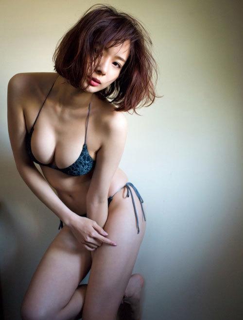 岡田紗佳がエロイ!