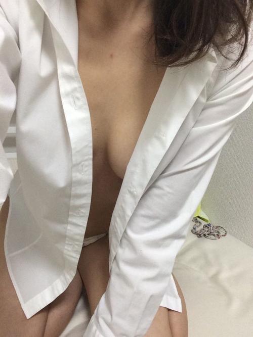 【着衣 エロ画像】おっぱい探してたら素人女神の着衣ばかり集まるんだがwww