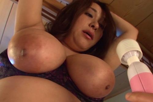 【おっぱい】Jカップ以上限定!揉みと逝かせにこだわったおっぱいフェチが興奮しちゃう爆乳超乳の女性たちのおっぱい画像がエロすぎる!【30枚】