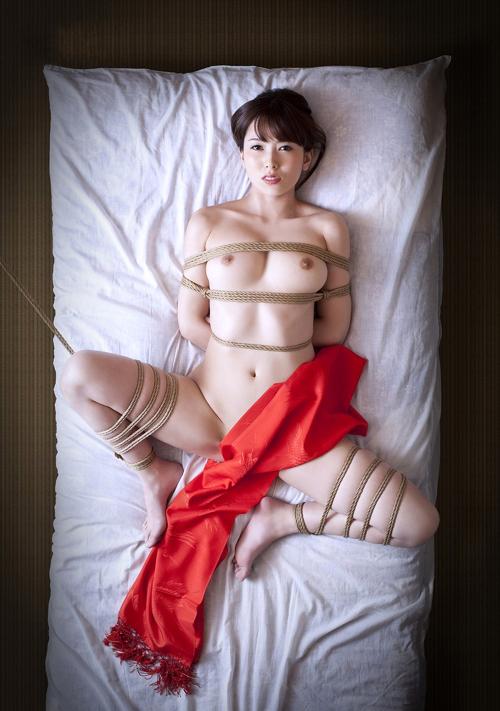 おっぱい縛りあげてドM嬢を緊縛調教29