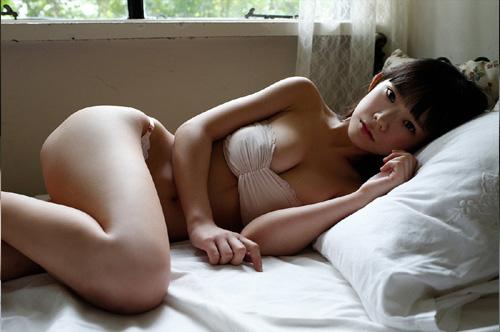 長澤茉里奈の合法ロリ巨乳おっぱいに釘付け5