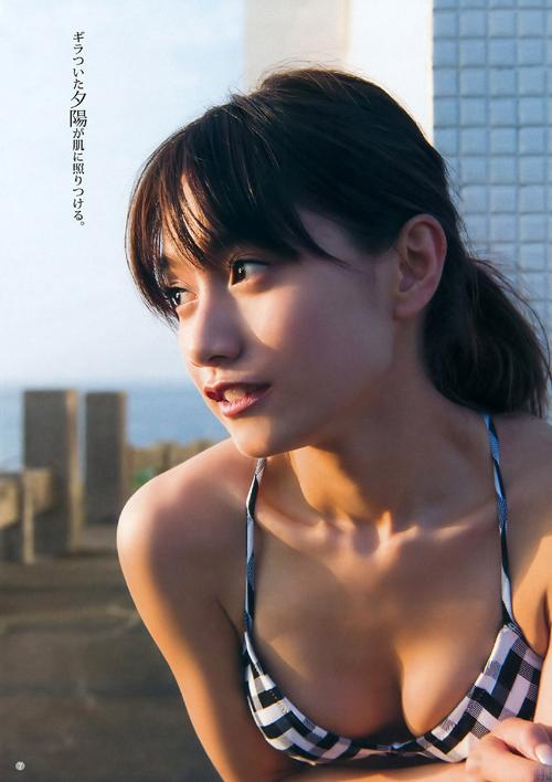 武田あやな(22) グッと色っぽくなったモグラ女子。