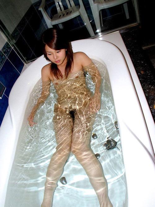 お風呂に入っておっぱいで癒やされたい26