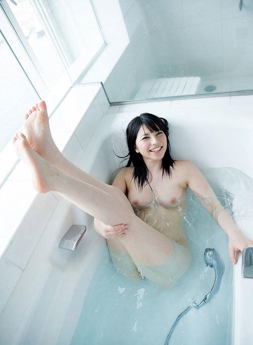 お風呂に入っておっぱいで癒やされたい29