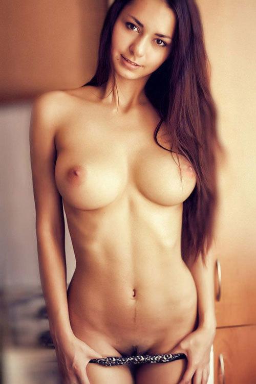 【洋物エロ画像】白人女性の豊満な巨乳がエロすぎるwww