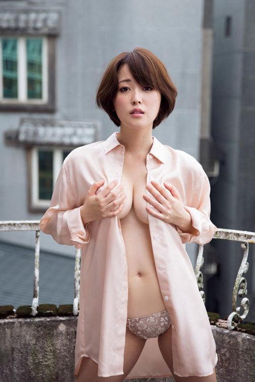忍野さら日本一色っぽい女子大生のおっぱい4