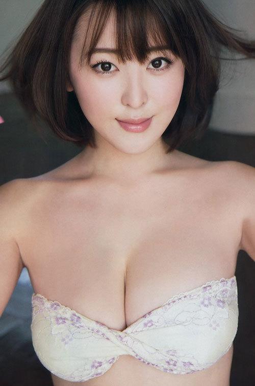 忍野さら日本一色っぽい女子大生のおっぱい31
