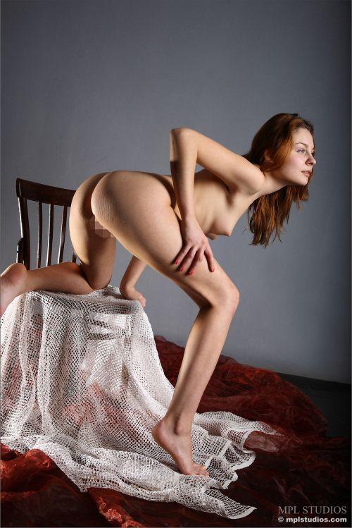 外人女性の美しく長い脚と美尻を堪能できる一石二鳥の【セクシーポーズ】 Part2 # 外人エロ画像