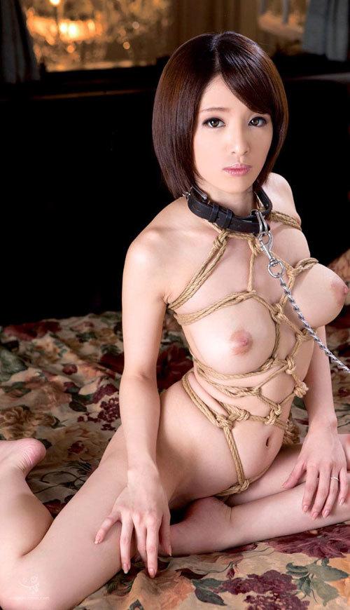 首輪をしておっぱい丸出しのM嬢をペットにしたい18