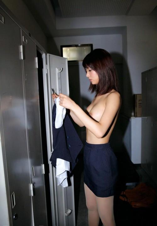 【三次】セックスしたくなるOLさんのエロ画像