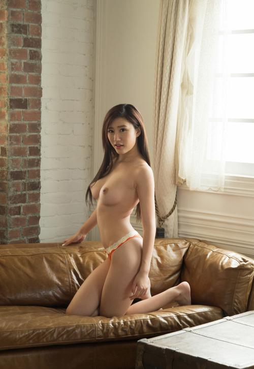 【No.36156】 Nude / 美竹すず