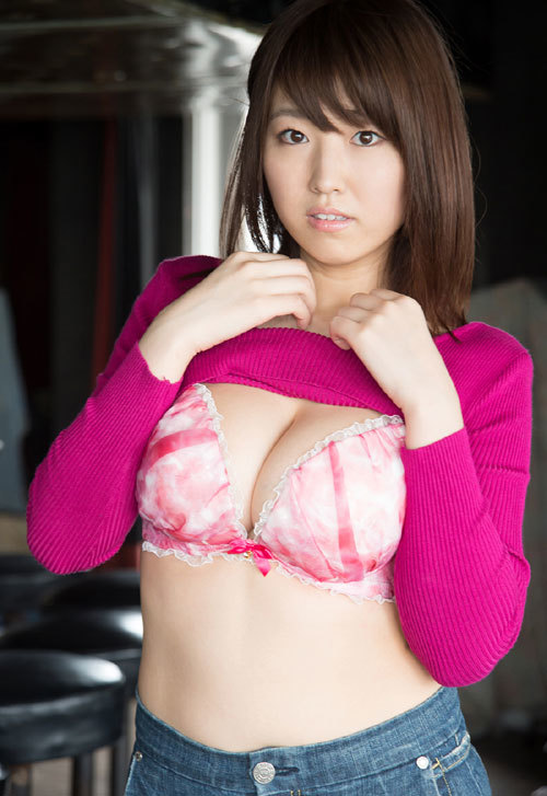 松本菜奈実のIカップ美爆乳おっぱい 5