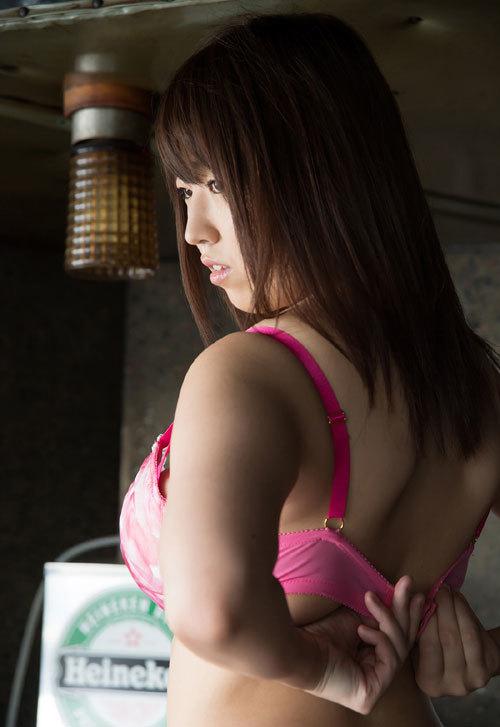 松本菜奈実のIカップ美爆乳おっぱい 11