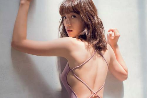【佐藤美希】 超絶Sラインのくびれにゾッコン!!
