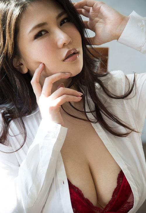 沖田杏梨のLカップ美爆乳おっぱい 20