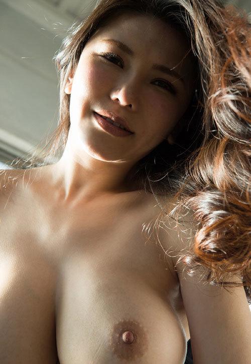 沖田杏梨のLカップ美爆乳おっぱい 41