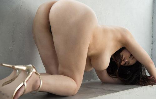 沖田杏梨のLカップ美爆乳おっぱい 48