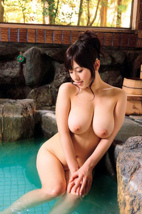 温泉に一緒に入って女の子のおっぱい揉みたい7