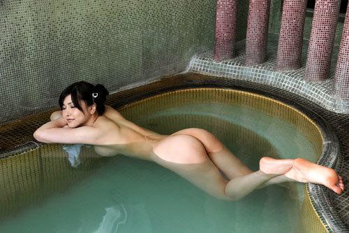 温泉に一緒に入って女の子のおっぱい揉みたい20