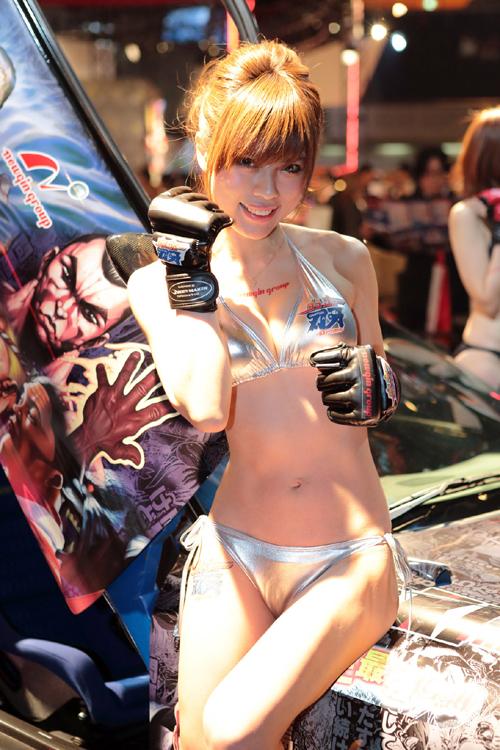 オッサンしか喜ばない美女と車の組み合わせ。モーターショウのコンパニオン画像まとめwwww