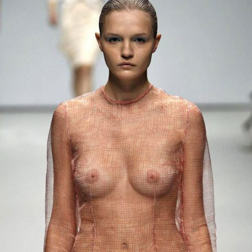 美女モデルが海外ファッションショーがおっぱい見せまくりでマジ抜ける