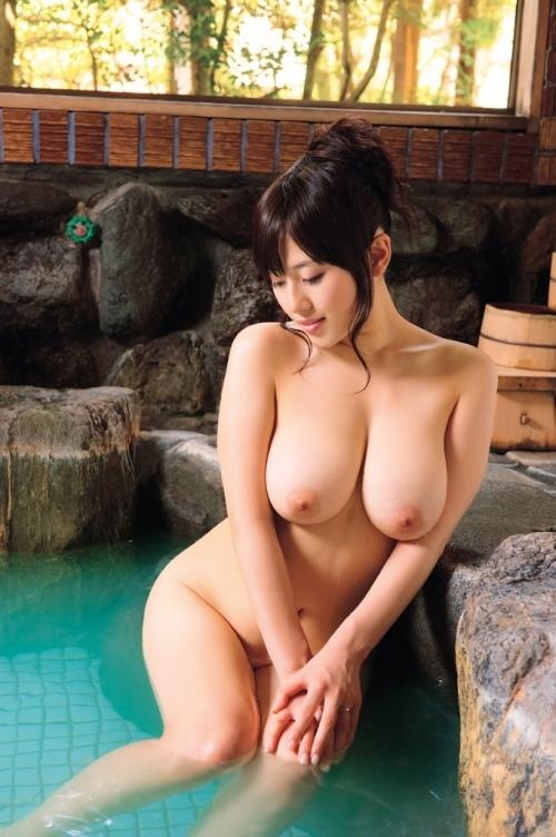 お風呂に浮かぶおっぱい♪ 身も心も裸で癒やされよう Vol.5 画像 佐倉絆