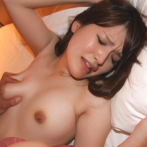 小湊菜々 つぶらな瞳の癒し系女子セックス画像100枚
