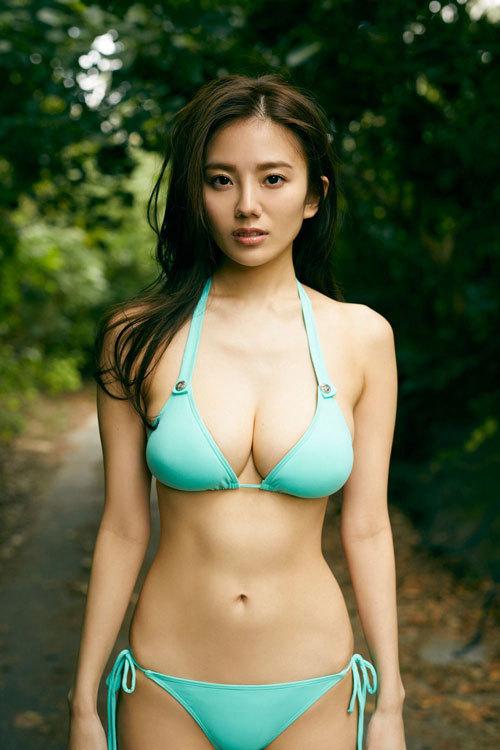 伊東紗冶子のキャスター界ナンバーワンおっぱい22