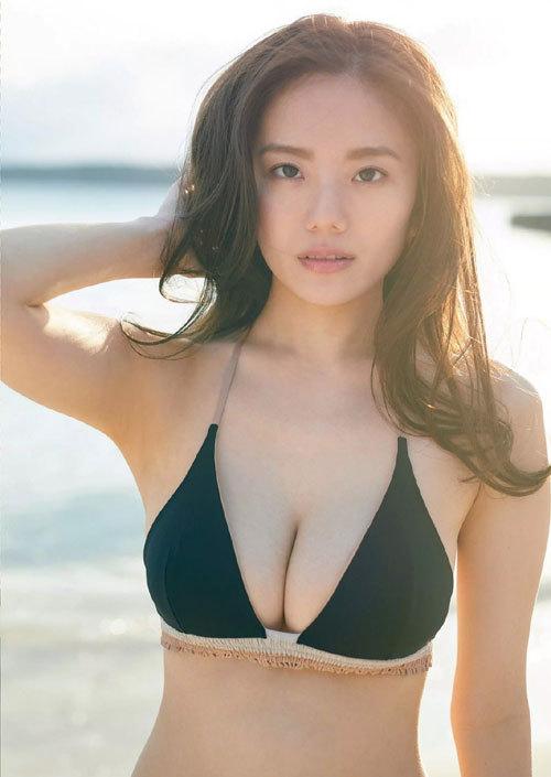 伊東紗冶子のキャスター界ナンバーワンおっぱい41