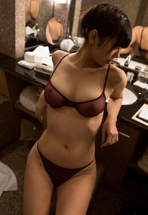 桐谷まつりのHカップ柔らか美巨乳おっぱい 42