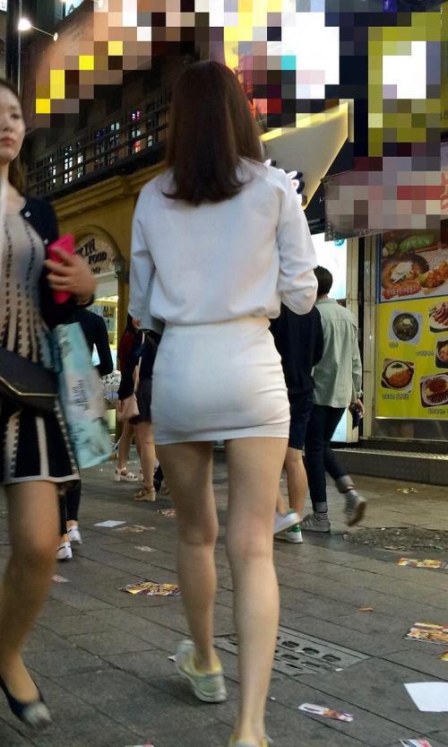 ミニスカタイトを履く自慢の脚★エロ画像49枚