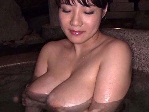 澁谷果歩 Kカップのド迫力ロケット乳お乳をもつヒトヅマとナカ出しまくりウワキりょこう