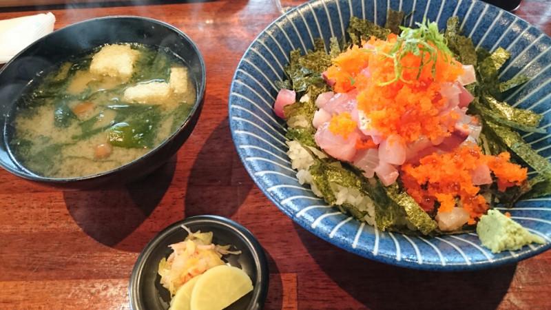 海鮮丼in秋山2017/03/24