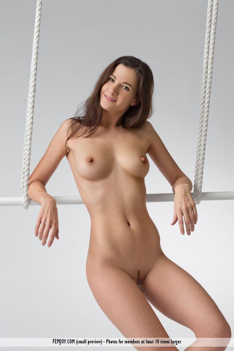 Lauren - INSIDE 03