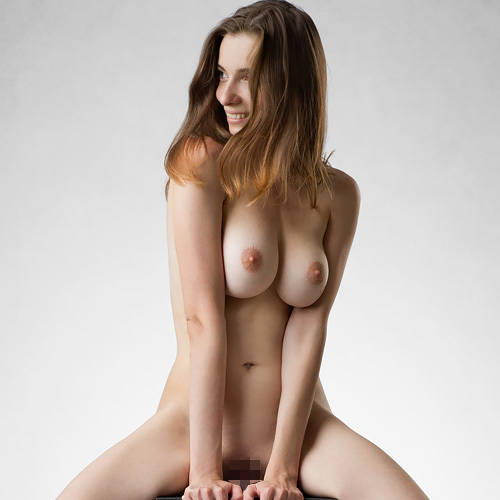 (外人モデルぬーど写真)美美巨乳、くびれ、美尻、美足。芸術作品のようなえろくて美しい体☆女体美術館に展示してに隅々まで鑑賞したいwwww