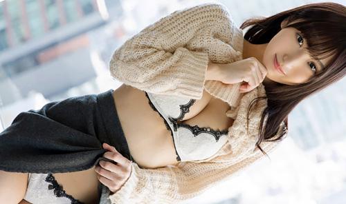 (えろムービーとえろ写真)アソコから響くセックスな音に頬を赤らめる姿がカワイい美10代小娘ww 生入れ中に揺れる乳輪大き目お乳もえろいwwwwww