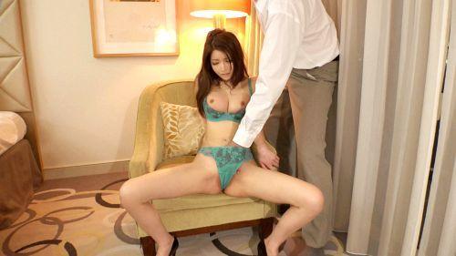 宮藤さくら 31歳 証券会社勤務 07