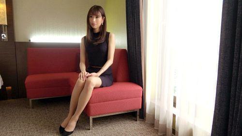 高梨遥香 26歳 国際線CA 03